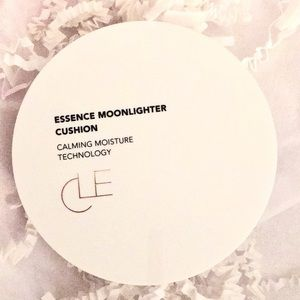 ✨CLE Essence Moonlighter Cushion - radiant skin
